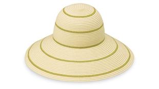 Savannah hat to block the sun.
