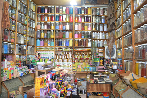 Spice-store-in-souk