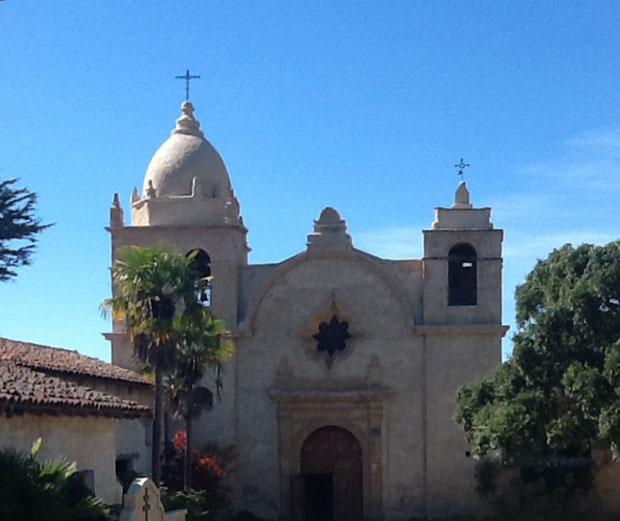 La Mision San Carlos Borromeo del Rio Carmelo