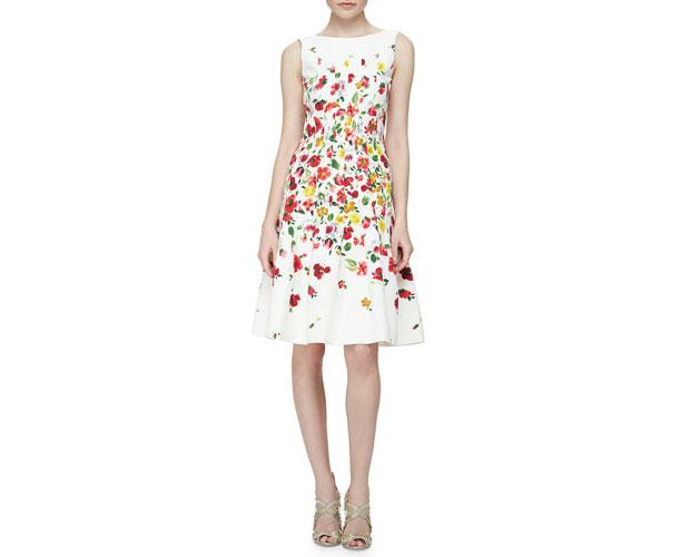 GET THE LOOK: Oscar de la Renta, Floral-Print Darted A-Line Dress, $2,390 >