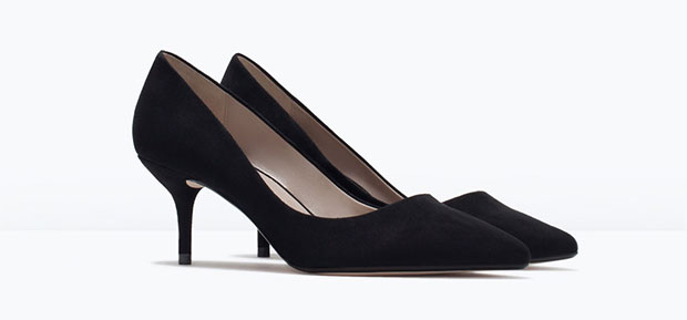GET THE LOOK: Zara, Medium Heel Court Shoe, $59.90 >