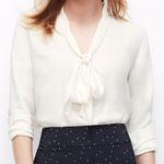 Ann Taylor Crep Tie-Neck blouse