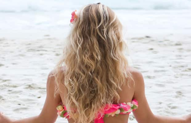 Beach Waves: The Go-to Summer Hairstyle