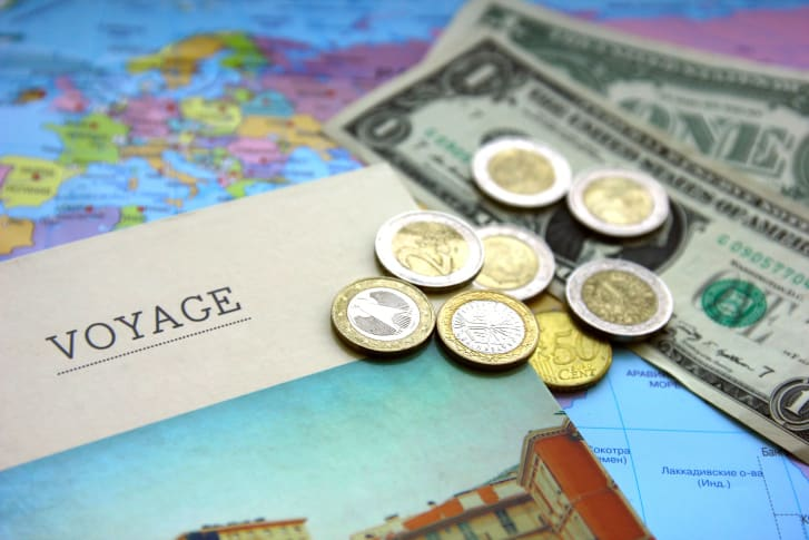 How to avoid overspending by planning your vacation