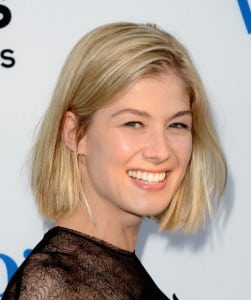 "HOLLYWOOD, CA - AUGUST 21:  Actress Rosamund Pike arrives at the premiere of Focus Features' ""The World's End"" at ArcLight Cinemas Cinerama Dome on August 21, 2013 in Hollywood, California.  (Photo by Jason Merritt/Getty Images)"