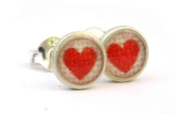 Red Heart Teeny Printed Studs