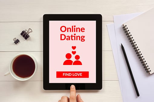 How to meet women online