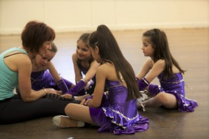 Wendy with students at rehearsals 2011 - Wendy White School of Dancing