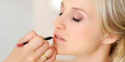 How to Get Flawless Makeup Feature