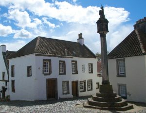 outlander series locations culross mercat