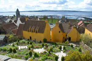 outlander series locations culross