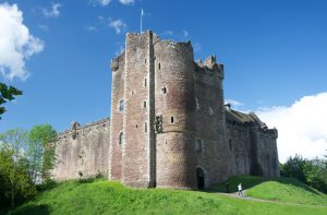 outlander series location doune