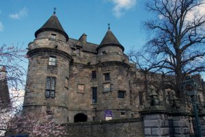 outlander series locations falkland palace