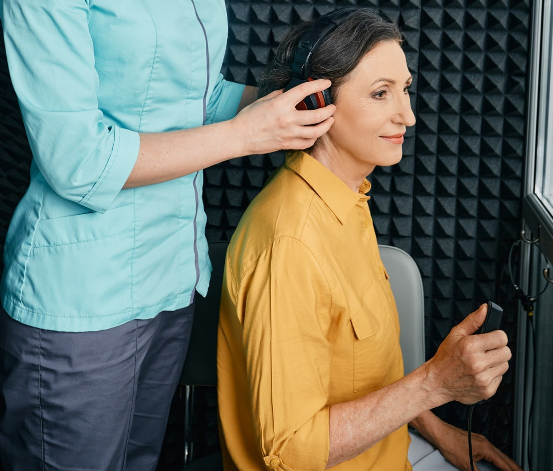 Tinnitus requires a hearing test from an audiologist