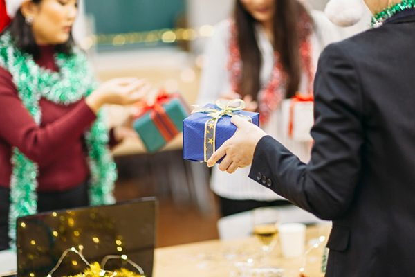 office gift giving ideas
