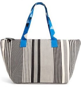 Stripe beach bag accessory for summer