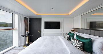 Bach-Suite-Bedroom-1