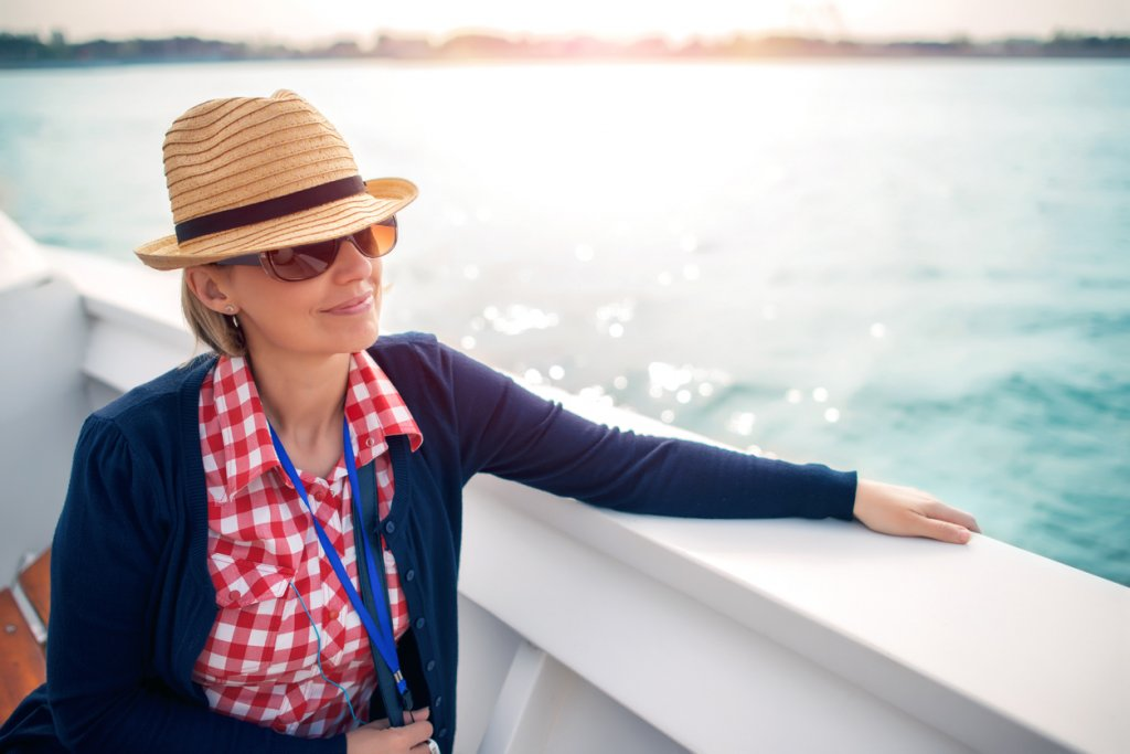 Single during the holidays? Book a cruise
