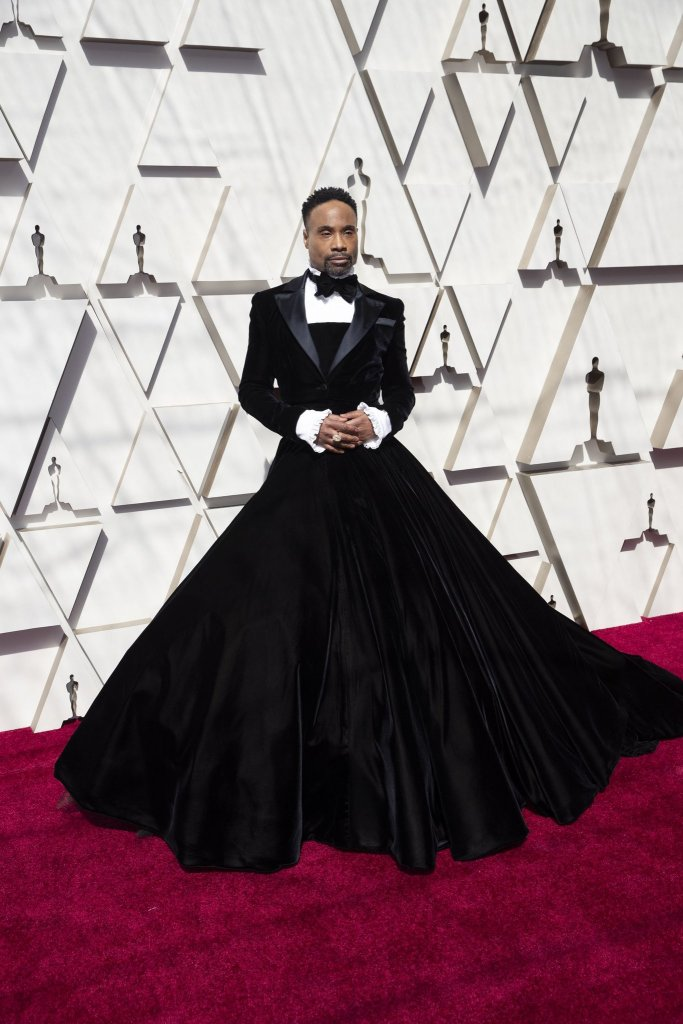 RedCarpet-Oscars-Billy Porter wears a tuxedo dress by Christian Siriano