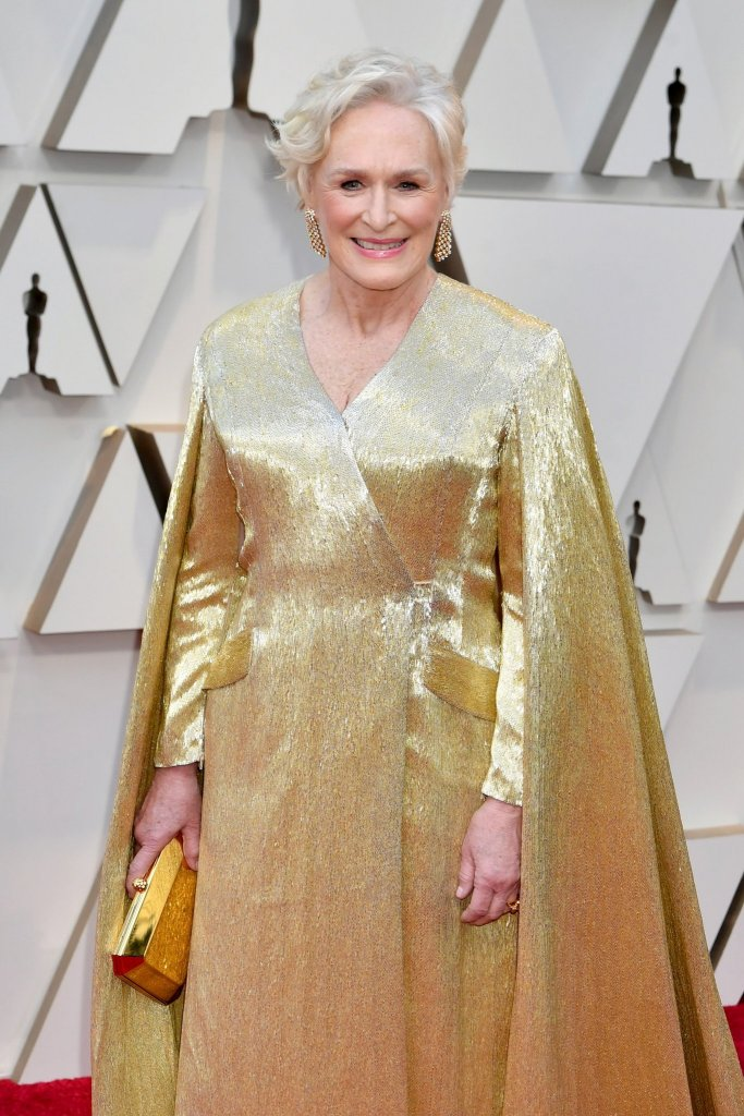 RedCarpet-Oscars-Glenn Close wears a Carolina Herrera custom gown