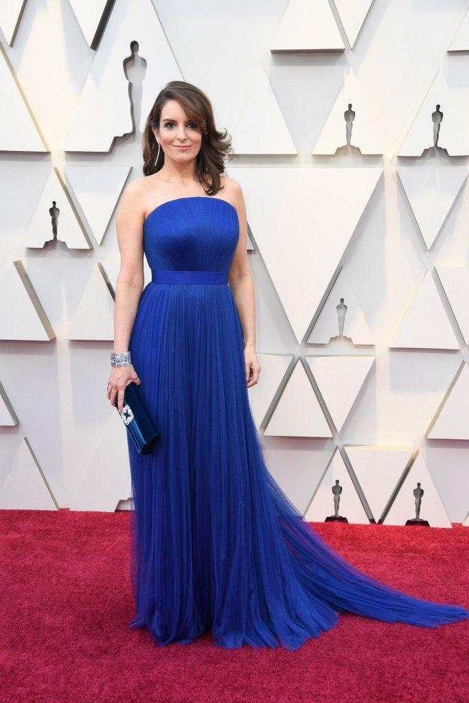 RedCarpet-Oscars-Tina Fey in a Vera Wang gown