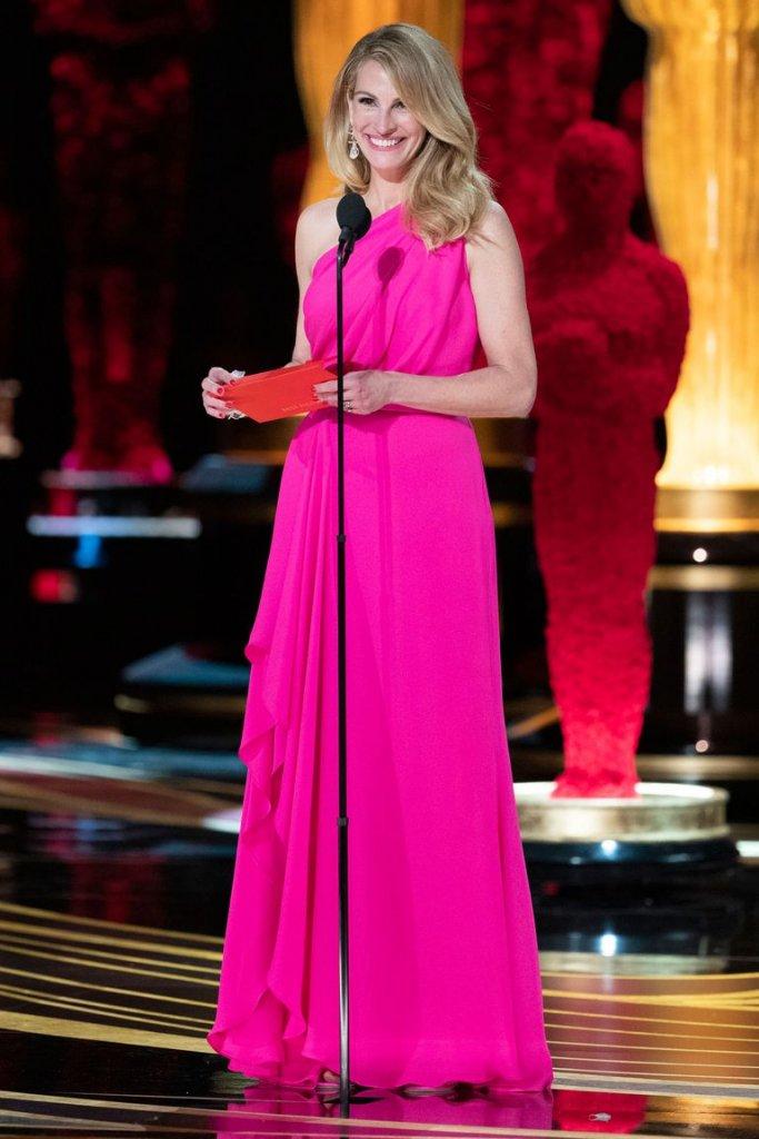 RedCarpet Oscars Julia Roberts in Elie Saab.