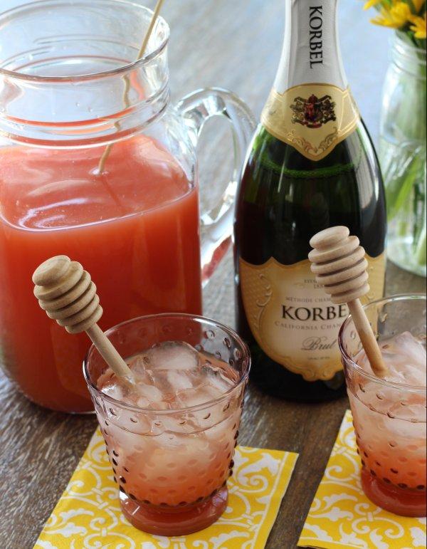 Korbel Grapefruit Fizz Cocktail