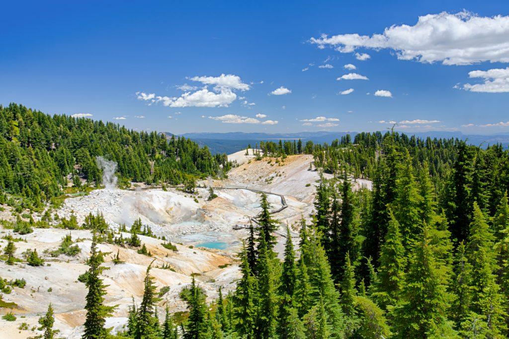 Travel America on a Budget | Photo Lassen Volcanic National Park