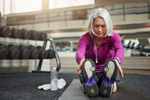 How to fight against aging with stretching