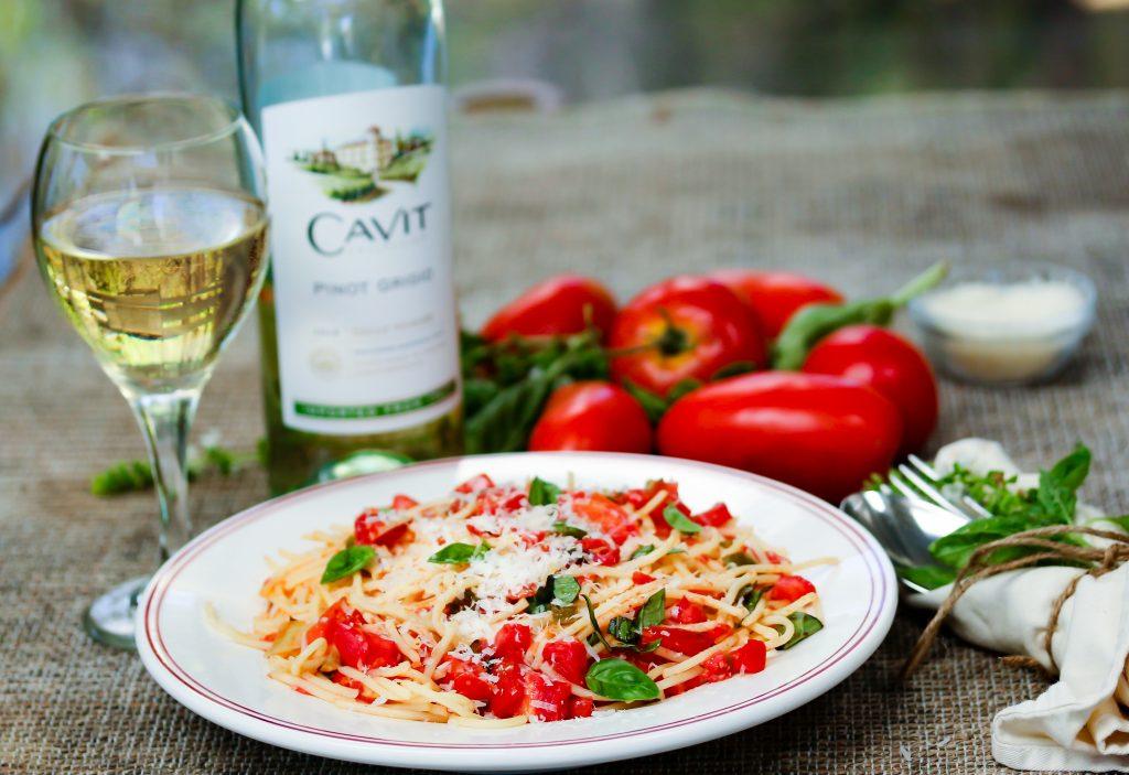 Cavit Pinot Grigio make a great poolside wine