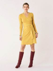 DVF wrap dresses are the definition of Business Casual Perfections