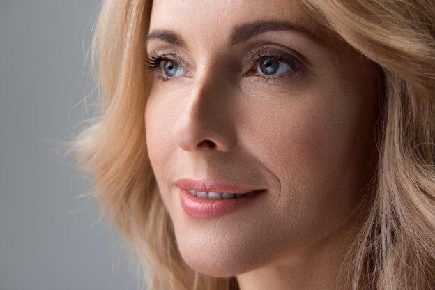 natural fall makeup looks for mature women
