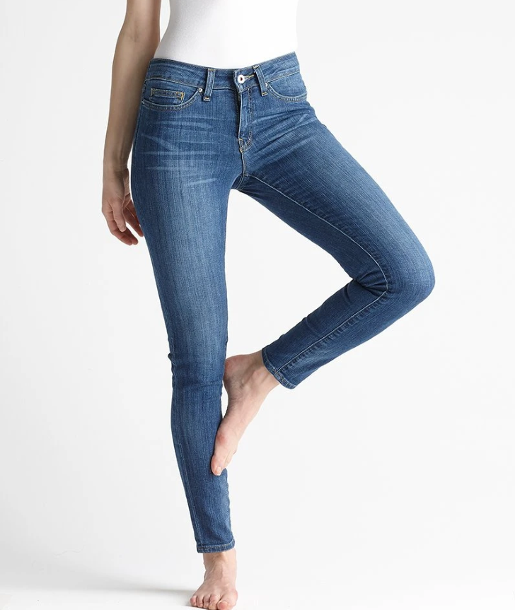 woman in Yummie Jeans