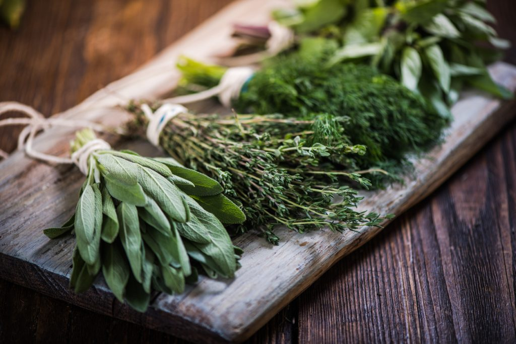 5 Anti-Aging Herbs and Spices