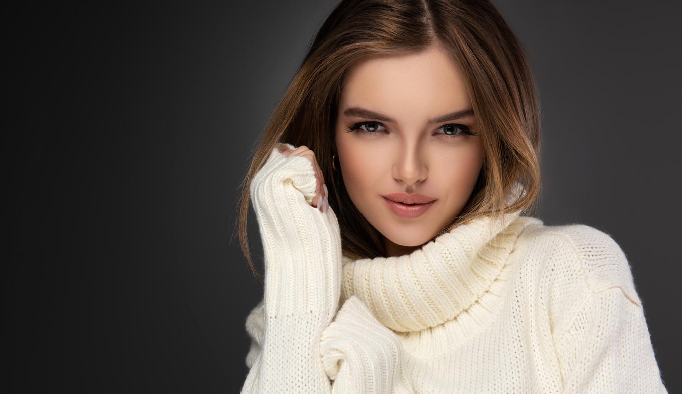 Woman wearing a sweater dress