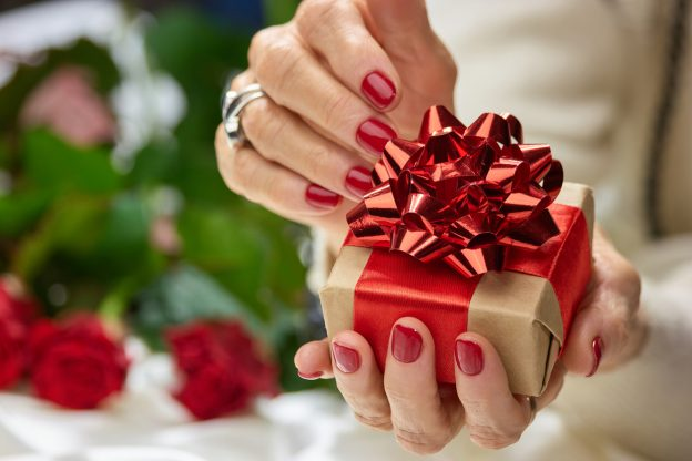 best holiday nail colors