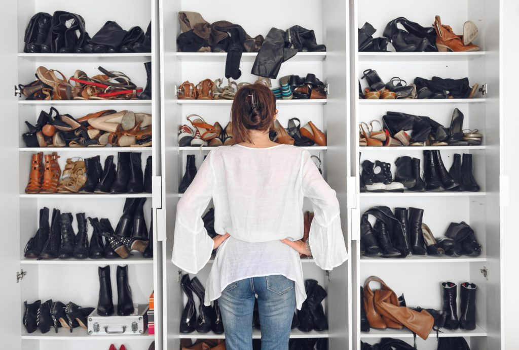 how to clean out your closet