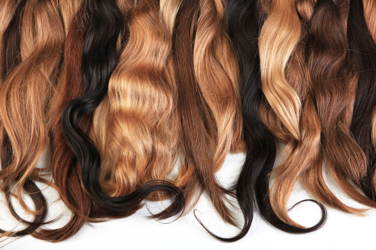 Hair extensions come in a variety of colors, lengths, and styles.