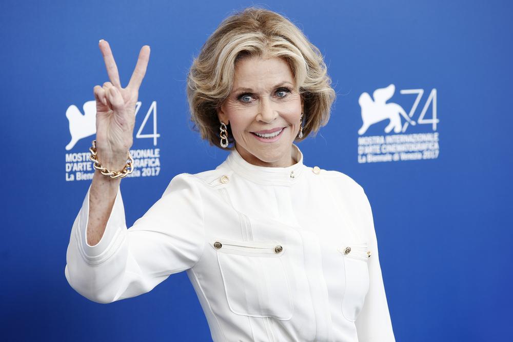 Jane Fonda peace sign
