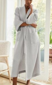 The White Company Long Lightweight Waffle Robe