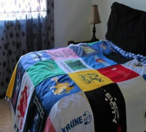 Custom Blankets made from t-shirts, jerseys an other shirts with Fleece backing