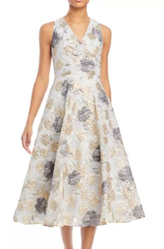 Eliza J Floral A-Line Sleeveless Dress to look thinner
