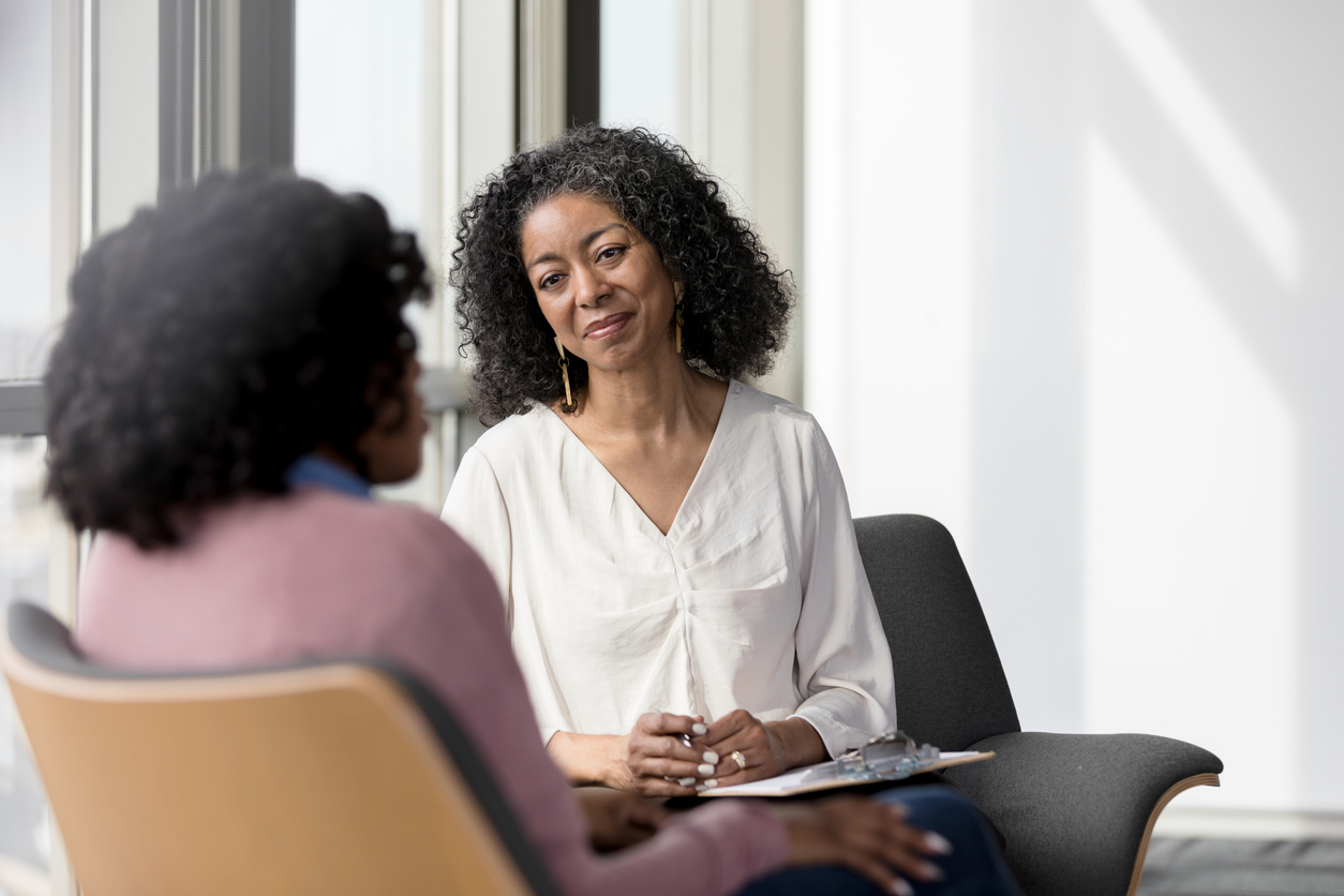 There are many benefits to utilizing a life coach