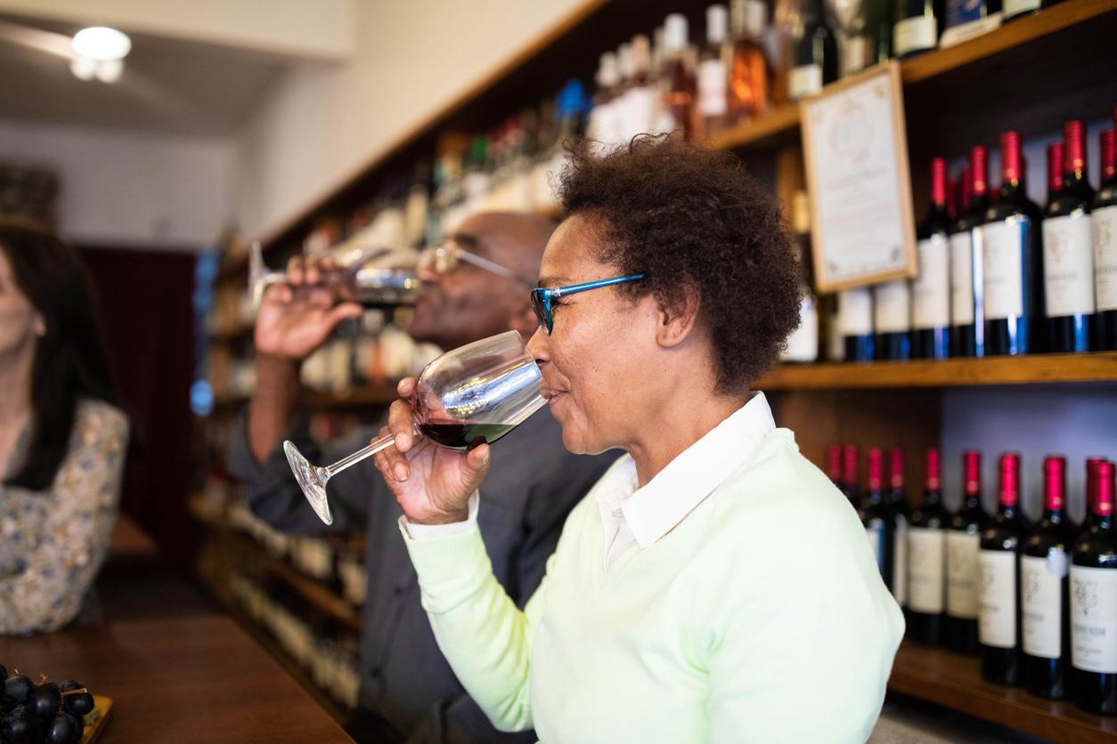 Wine tasting party idea