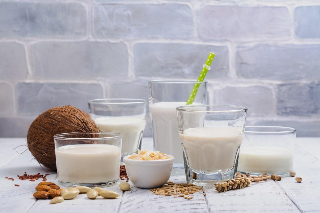 Milk and milk substitutes for natural ways to strengthen bones