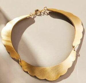 Scalloped Collar Necklace
